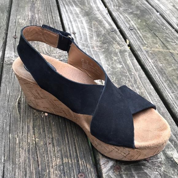 f9f71b7cc03 Clarks Shoes - Clarks black Annadel Eirwyn wedge sandals sz 9